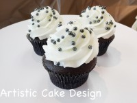 *New 2016: Black Pearls Cupcakes